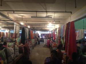 Every aisle had something amazing to offer... there were plenty of non-manipuri dupattas(stoles) & power-loom woven bed linen too much to my disappointment!